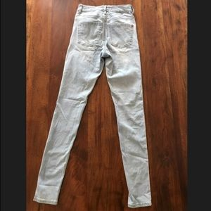 Bullhead Jeans - Bullhead Super High Rise Skinniest Light Blue Jean